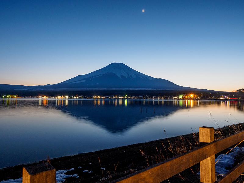富士山 信仰の対象と芸術の源泉の画像 p1_38