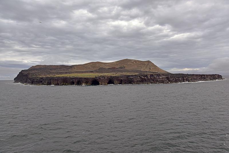 『島』の世界遺産――絶海の孤島に浮かぶサンクチュアリ