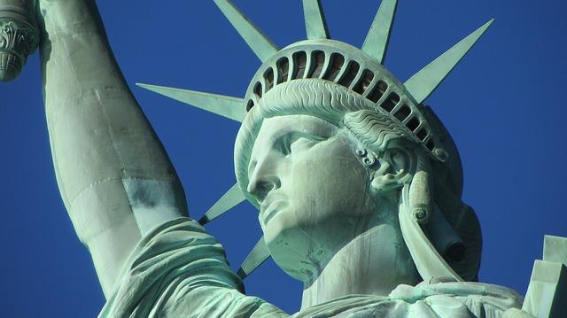 自由の女神像の画像2
