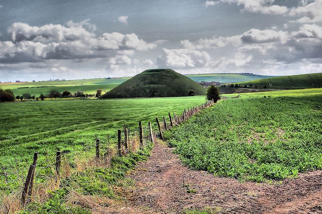 ストーンヘンジ、エイヴベリーの巨石遺跡と関連遺跡群の画像2