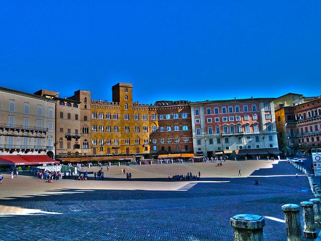 ナポリ歴史地区の画像10