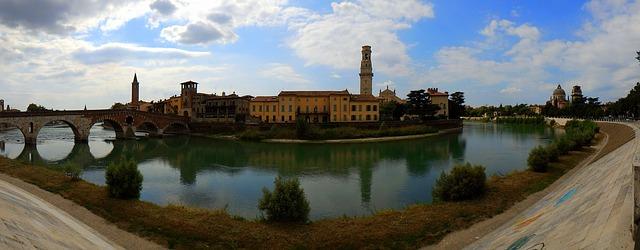ヴェローナの市街の画像7