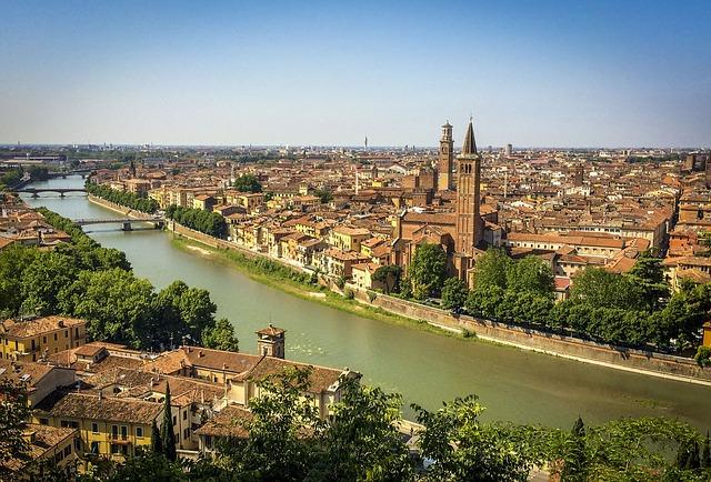 ヴェローナの市街の画像10