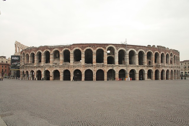 ヴェローナの市街の画像17
