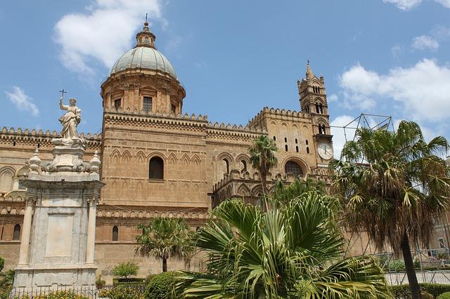 アラブ-ノルマン様式のパレルモおよびチェファルとモンレアーレの大聖堂の画像15