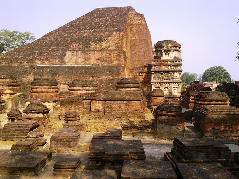 ビハール州ナーランダ・マハーヴィハーラの遺跡の画像2