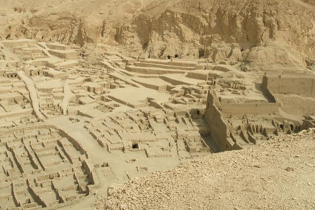 古代都市テーベとその墓地遺跡の画像7