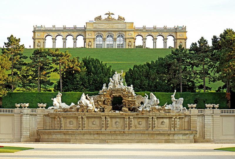 シェーンブルン宮殿と庭園群の画像22