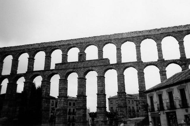 セゴビア旧市街とローマ水道橋の画像5