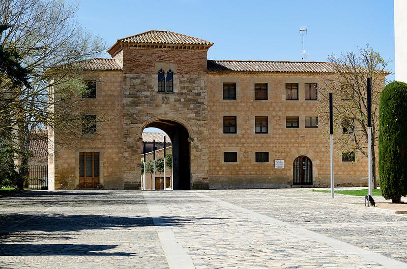 ポブレー修道院の画像12