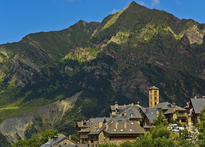 ボイ渓谷のカタルーニャ風ロマネスク様式教会群の画像4