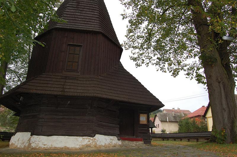 カルパチア山地のスロバキア地域の木造教会群の画像6