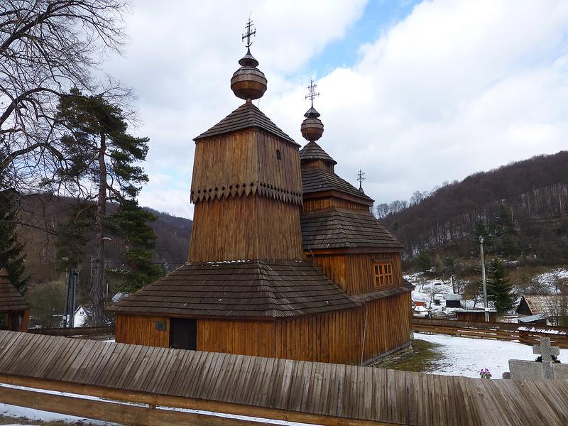 カルパチア山地のスロバキア地域の木造教会群の画像22