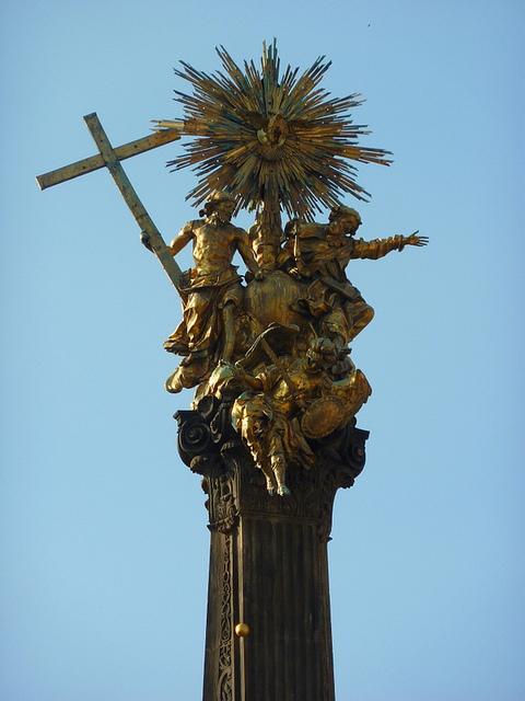 オロモウツの聖三位一体柱の画像5