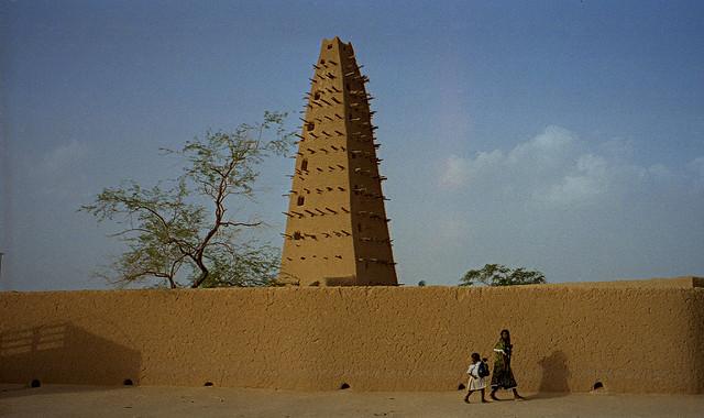アガデス歴史地区の画像3