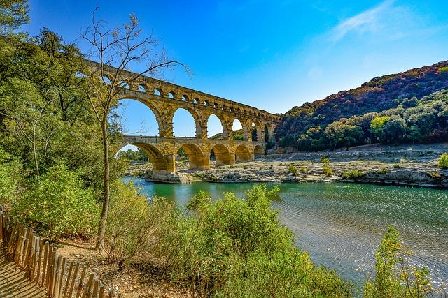 ポン・デュ・ガール(ローマの水道橋)の画像1