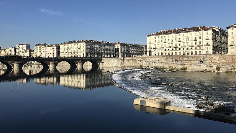 パリのセーヌ河岸の画像6