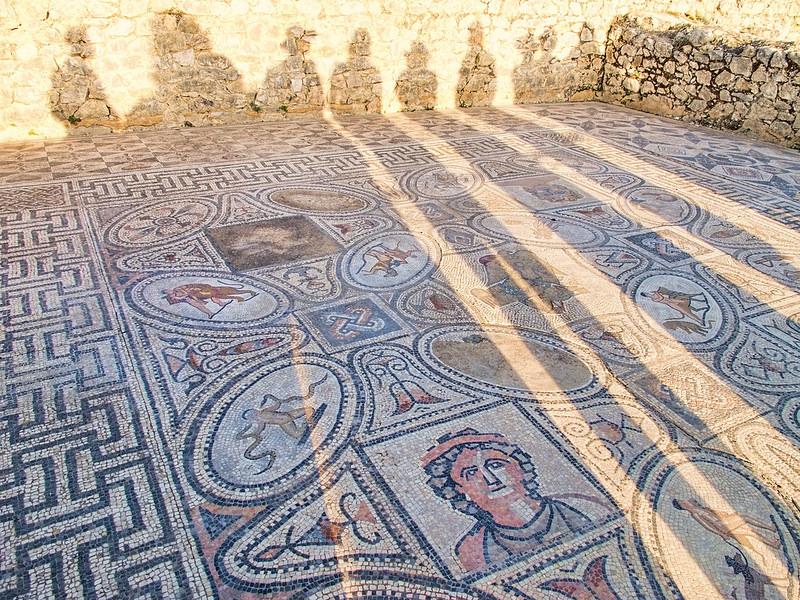 ヴォルビリスの古代遺跡の画像14