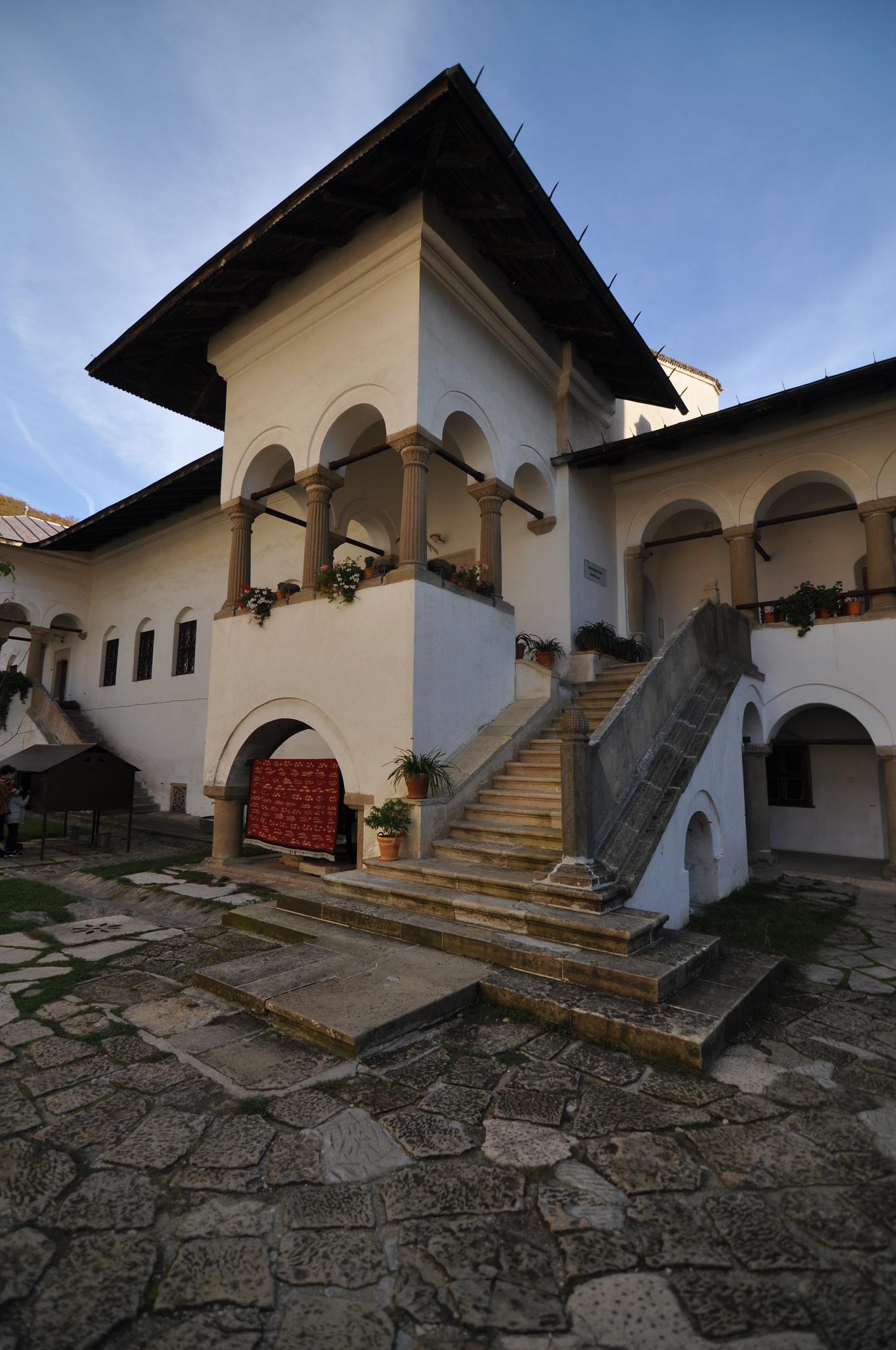 ホレズ修道院の画像10