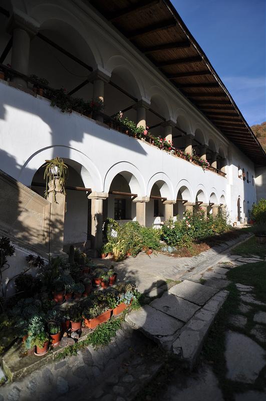 ホレズ修道院の画像13