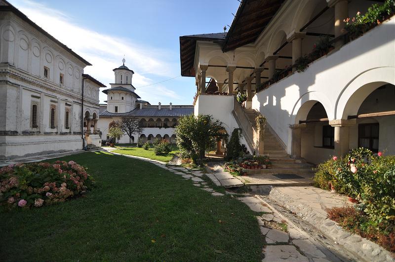 ホレズ修道院の画像16