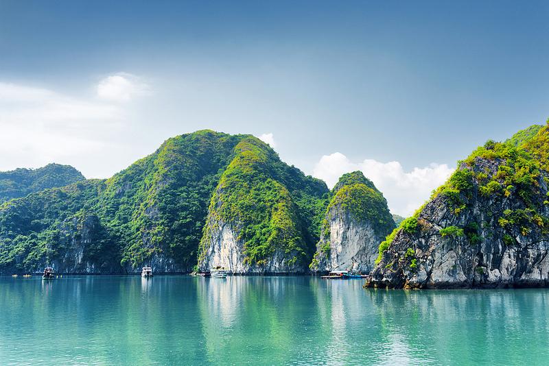 中国南部のカルスト地帯の画像1