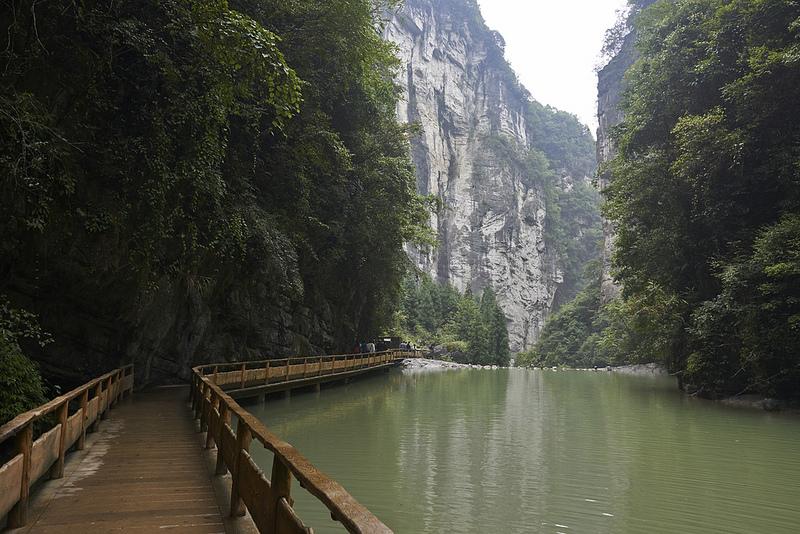 中国南部のカルスト地帯の画像6