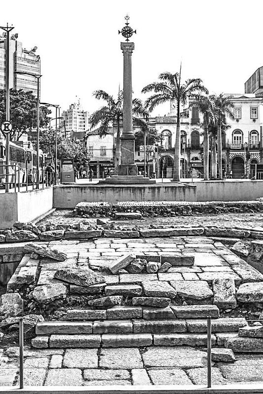 ヴァロンゴ埠頭の考古遺跡の画像4
